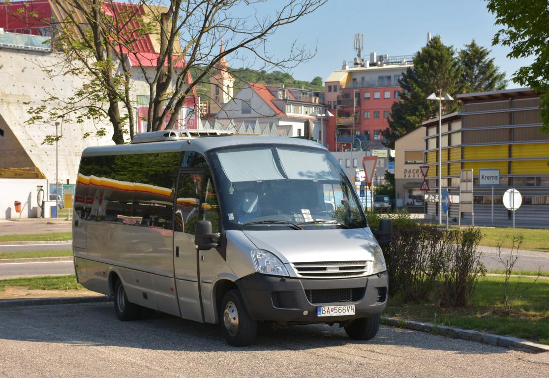 IVECO First aus der SK im Mai 2018 in Krems.