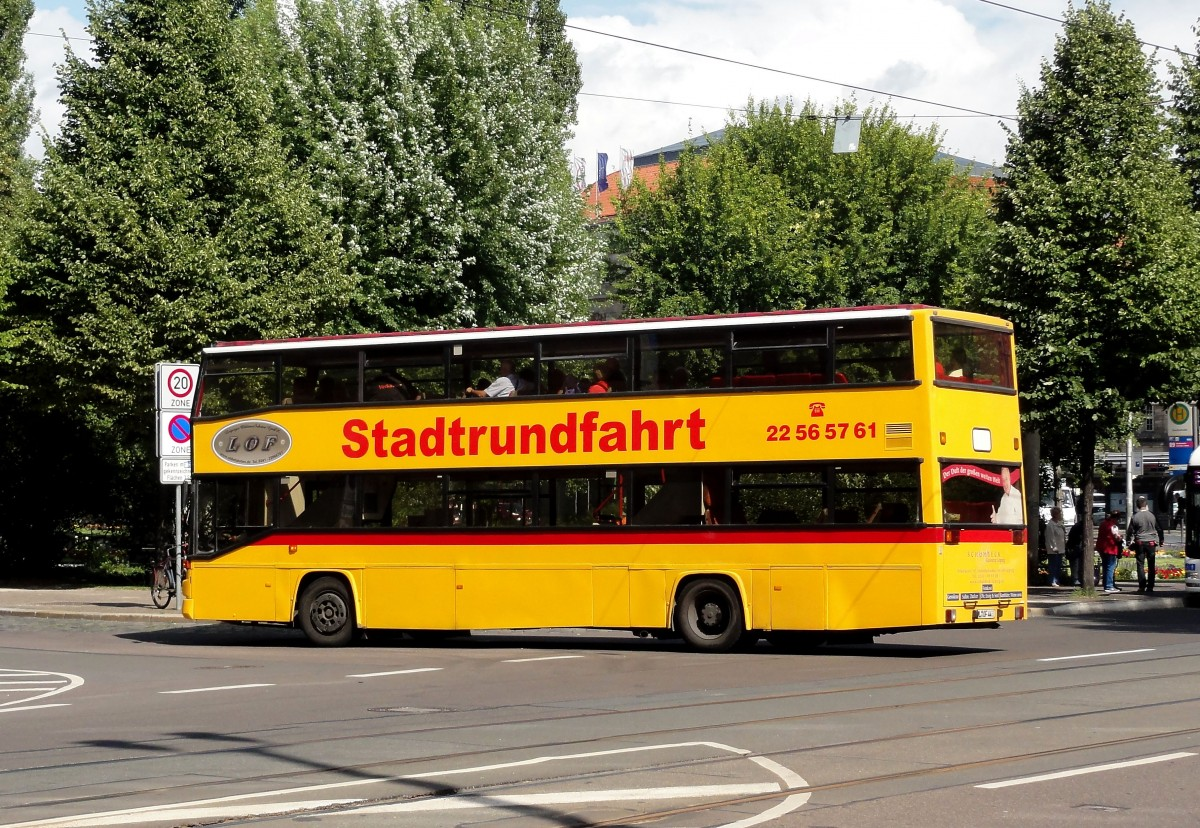 man bus f r die stadtrundfahrten in leipzig beim hauptbahnhof am 29 juli 2015 gesehen busse. Black Bedroom Furniture Sets. Home Design Ideas