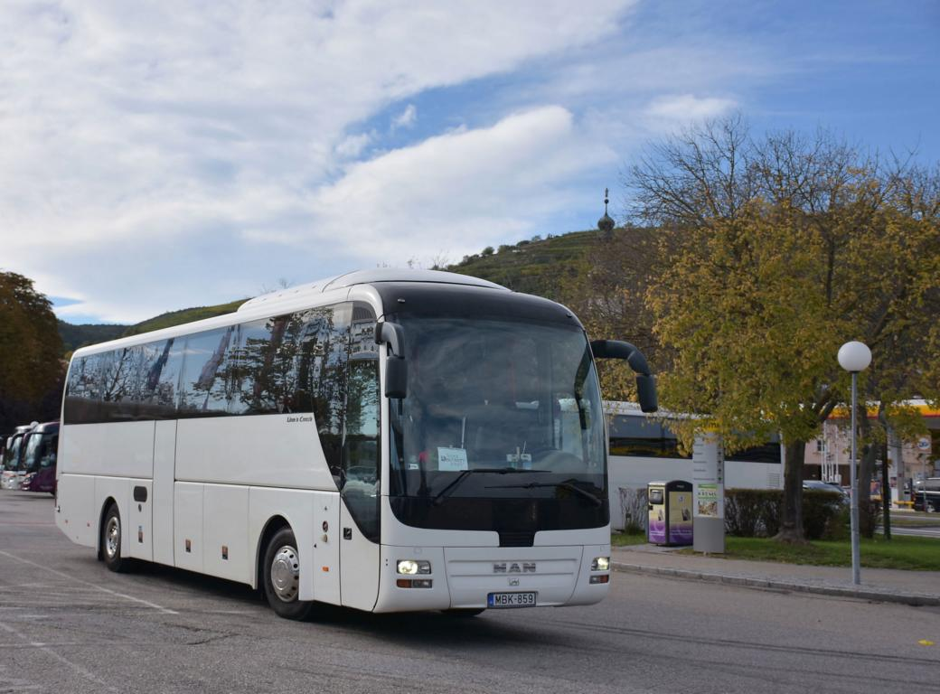 MAN Lion`s Coach aus Ungarn 10/2017 in Krems.