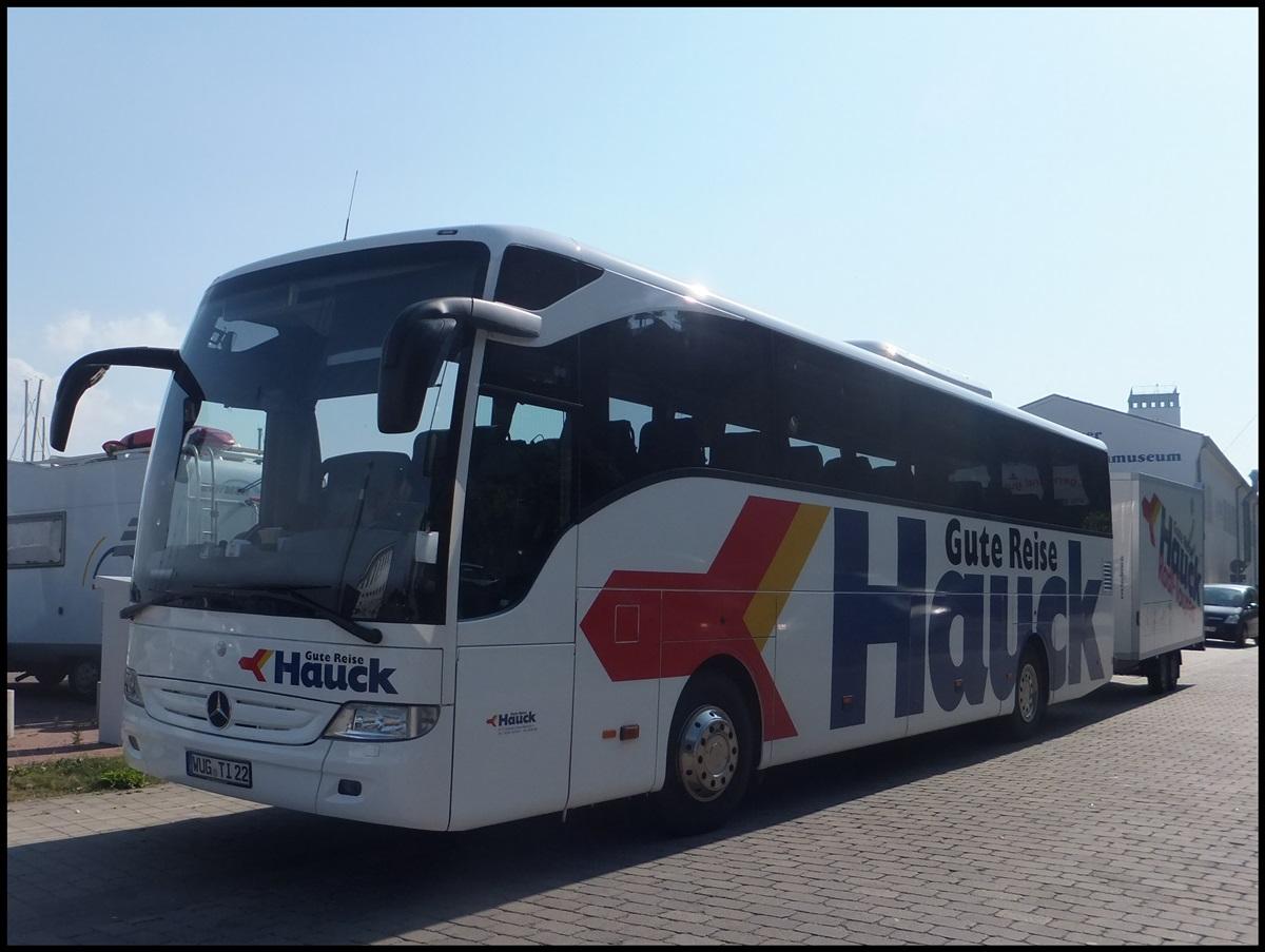 mercedes tourismo von hauck aus deutschland mit h nger im stadthafen sassnitz busse welt. Black Bedroom Furniture Sets. Home Design Ideas