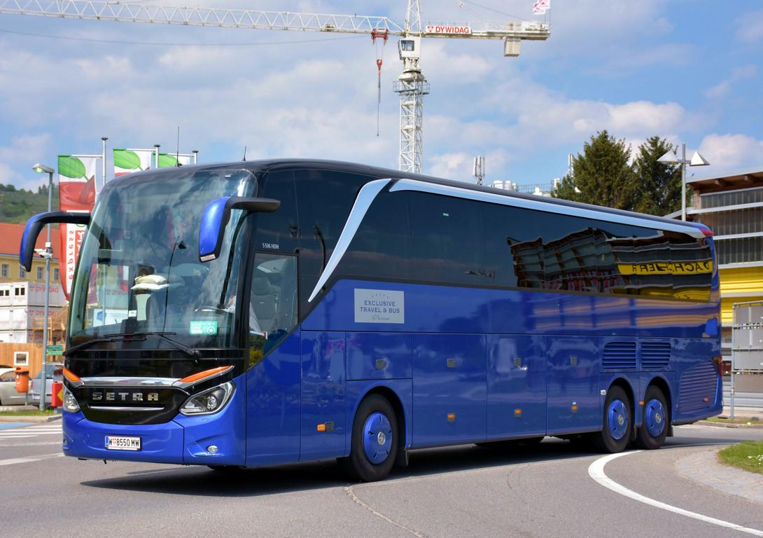 Setra 516 HDH von Exclusive Travel + Bus Reisen aus Wien in Krems.