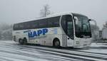 man-lions-coach/530800/man-lions-coach-vom-reisebuero-happ MAN Lions Coach vom Reisebüro Happ steht auf einem Parkplatz in 36100 Petersberg, 12-2016