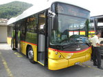 Postauto-Hess Bergbus an der Postautostation in Novaggio im Tessin am 27.7.16